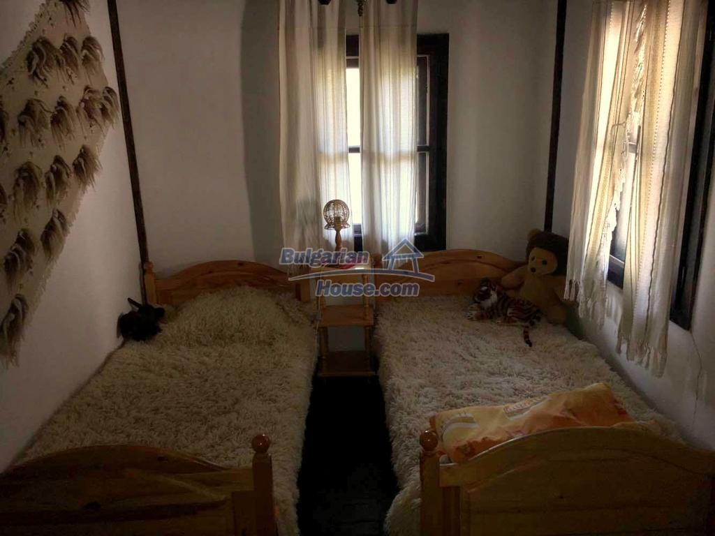 12990:8 - Traditional Bulgarian property with panoramic river and forests