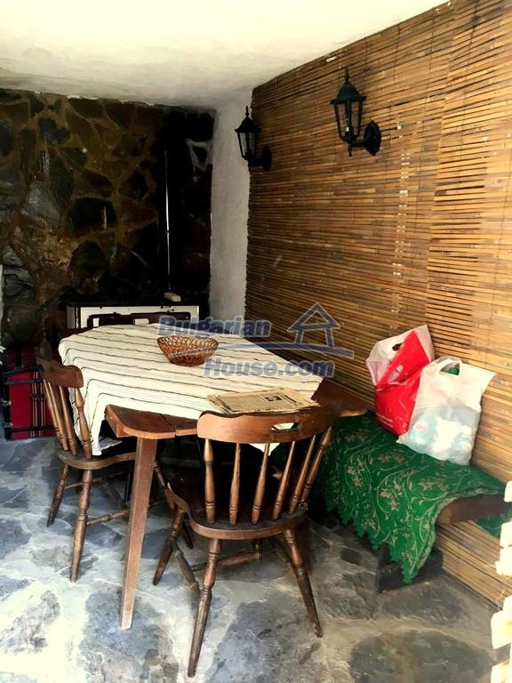 12990:21 - Traditional Bulgarian property with panoramic river and forests