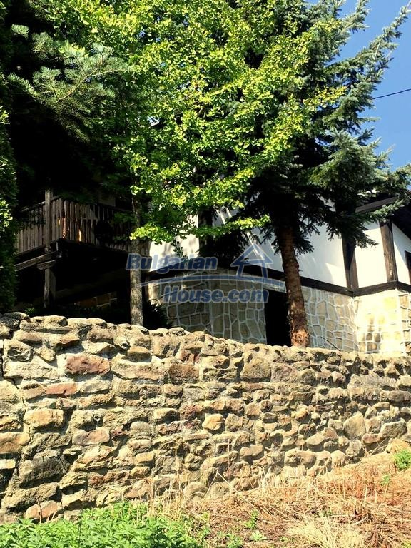 12990:29 - Traditional Bulgarian property with panoramic river and forests