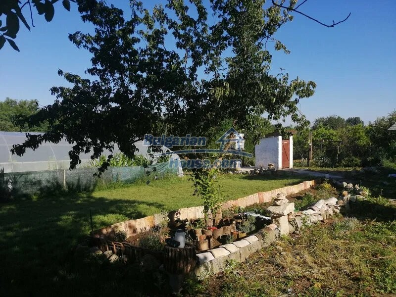 13023:7 - Bulgarian property suitable for two families in Varna region