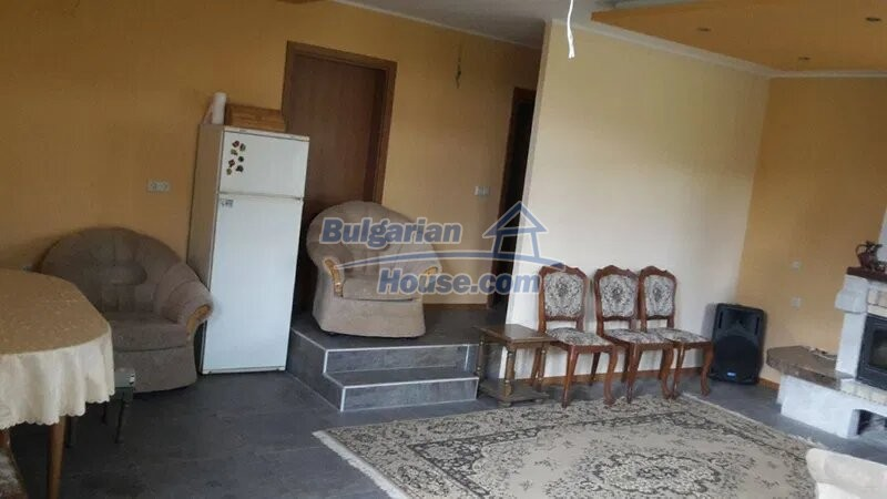 13029:7 - Bulgarian house with only 4 km from Dobrich city