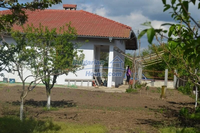 13029:3 - Bulgarian house with only 4 km from Dobrich city