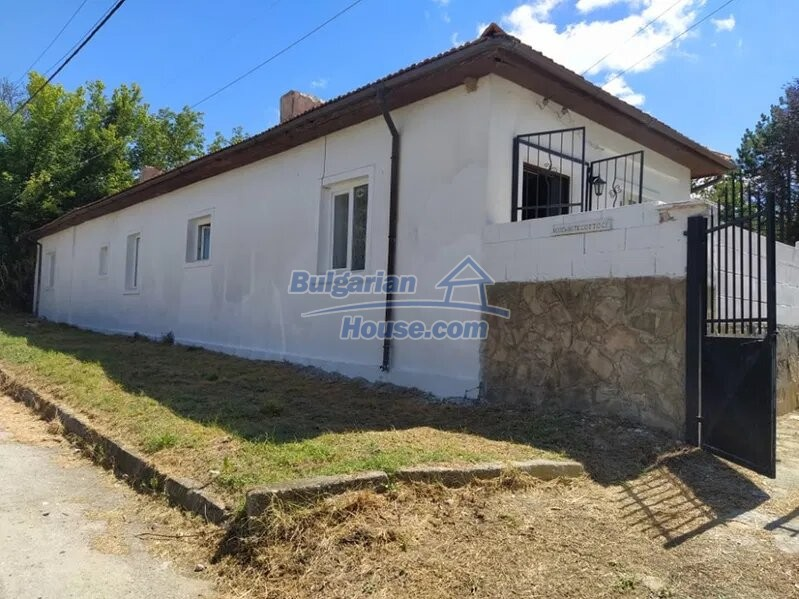 13031:2 - Fantastic house near the sea 20 min from Varna ready to move in