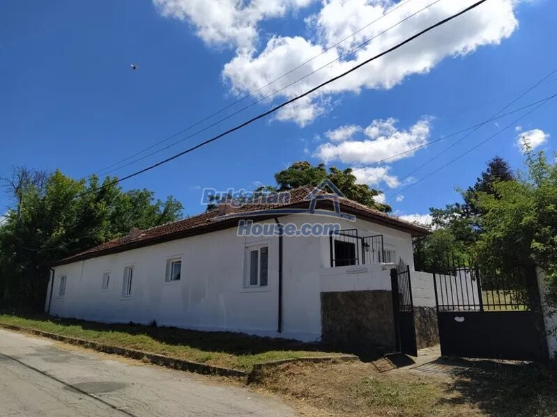 13031:1 - Fantastic house near the sea 20 min from Varna ready to move in