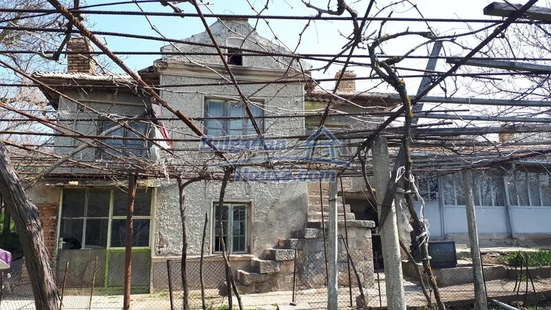 13038:1 - Cheap house for sale in Village of Brestak, Varna! Peaceful