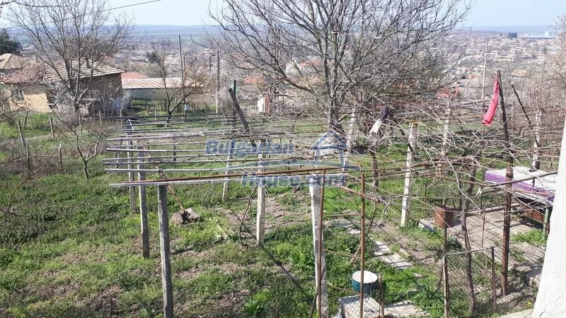 13038:5 - Cheap house for sale in Village of Brestak, Varna! Peaceful