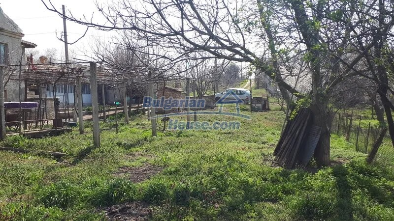 13038:12 - Cheap house for sale in Village of Brestak, Varna! Peaceful