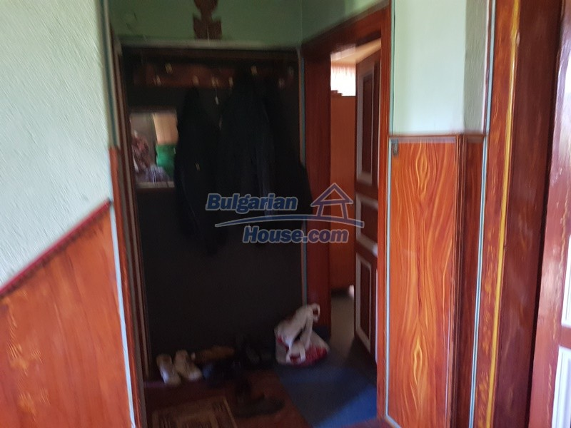 13053:28 - House for sale in lyaskovo 20 km from Plovdiv city
