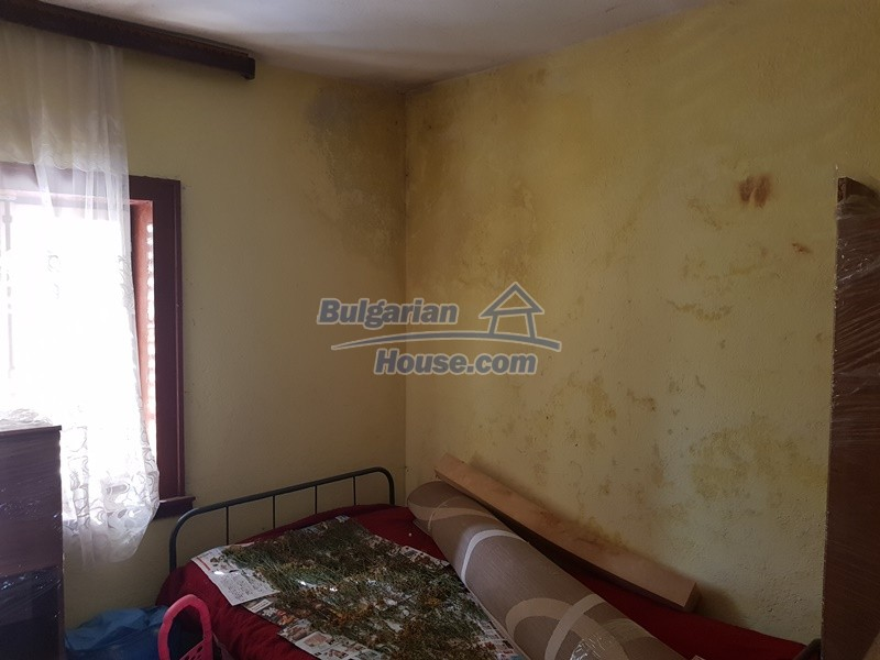 13053:30 - House for sale in lyaskovo 20 km from Plovdiv city
