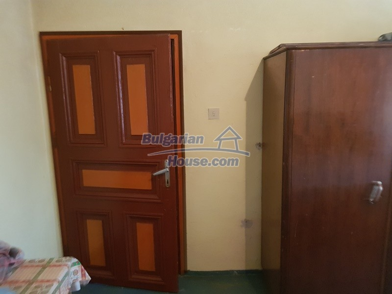 13053:42 - House for sale in lyaskovo 20 km from Plovdiv city