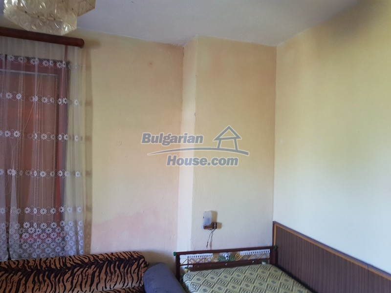 13053:47 - House for sale in lyaskovo 20 km from Plovdiv city