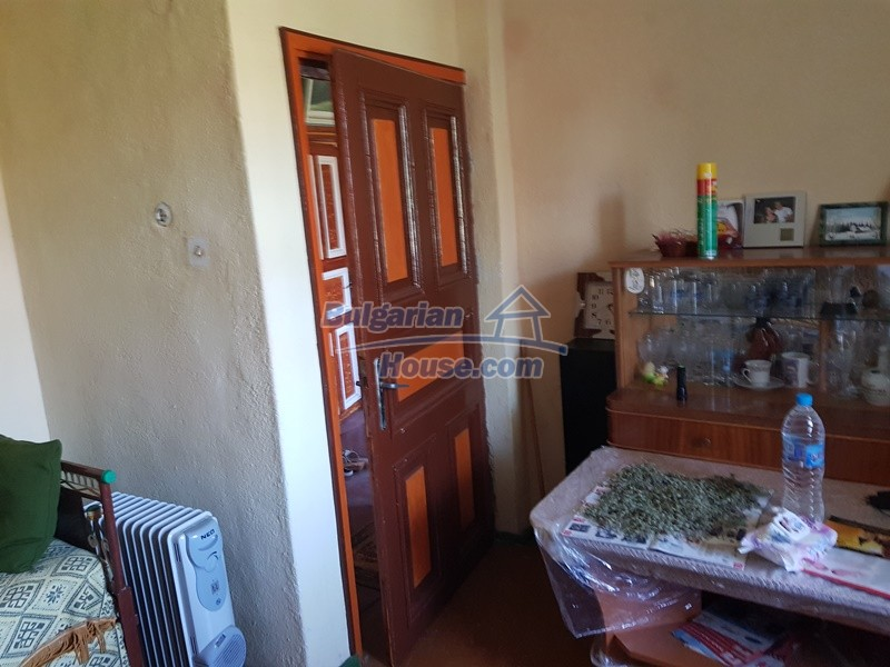13053:50 - House for sale in lyaskovo 20 km from Plovdiv city