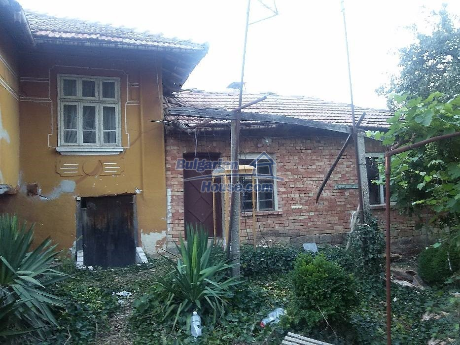13071:2 - Cheap house for sale  55 km from Veliko Tarnovo with big garden