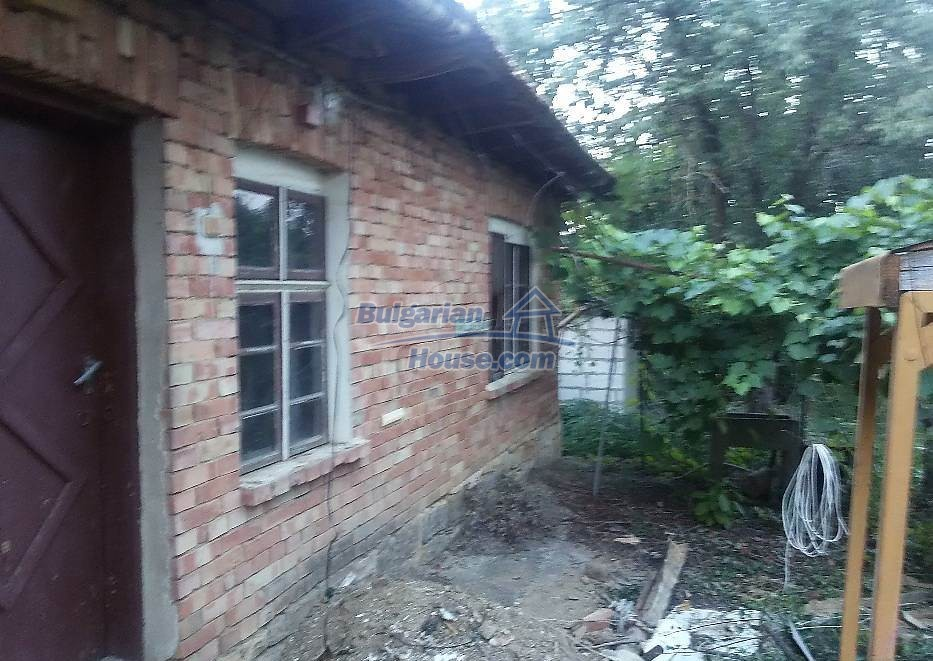 13071:3 - Cheap house for sale  55 km from Veliko Tarnovo with big garden