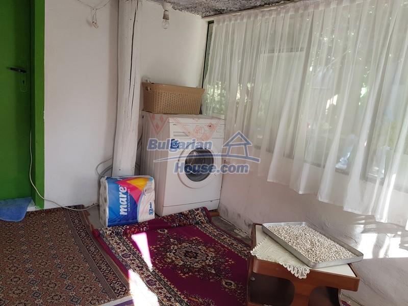 13073:8 - House in good condition  in a peaceful place close to Popovo