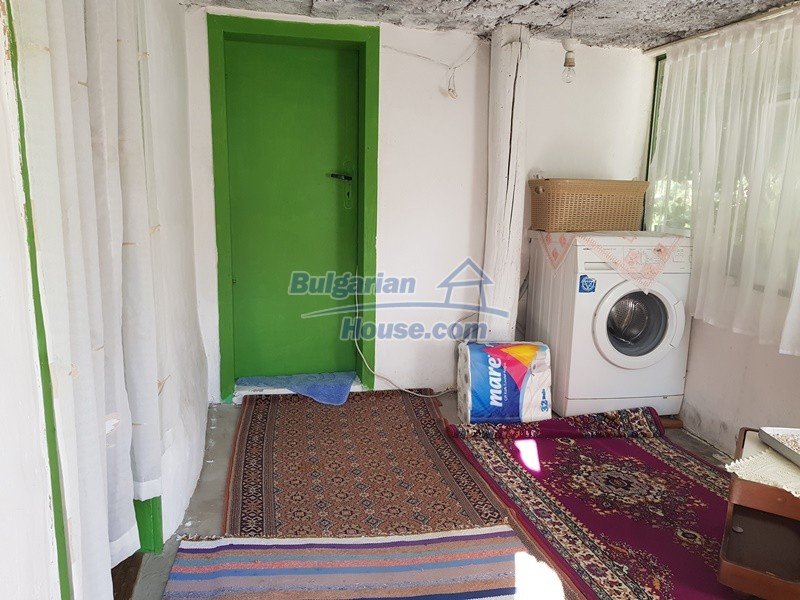 13073:6 - House in good condition  in a peaceful place close to Popovo
