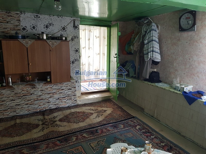 13073:14 - House in good condition  in a peaceful place close to Popovo
