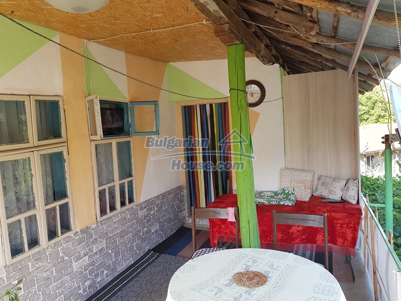 13073:19 - House in good condition  in a peaceful place close to Popovo