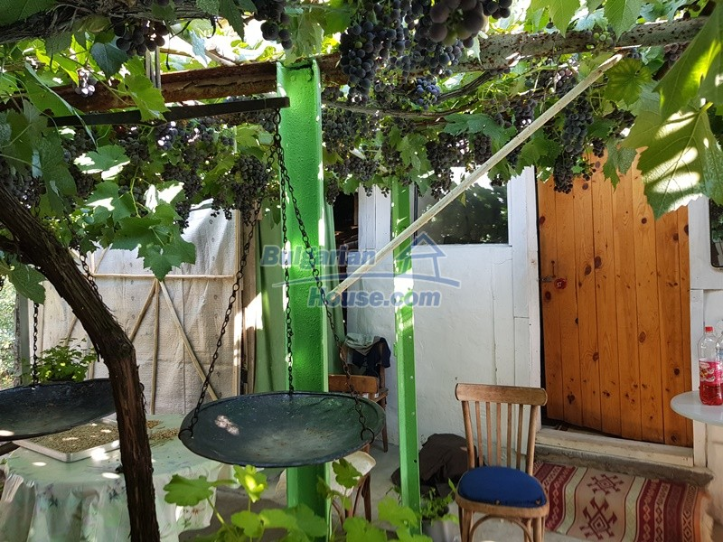 13073:74 - House in good condition  in a peaceful place close to Popovo