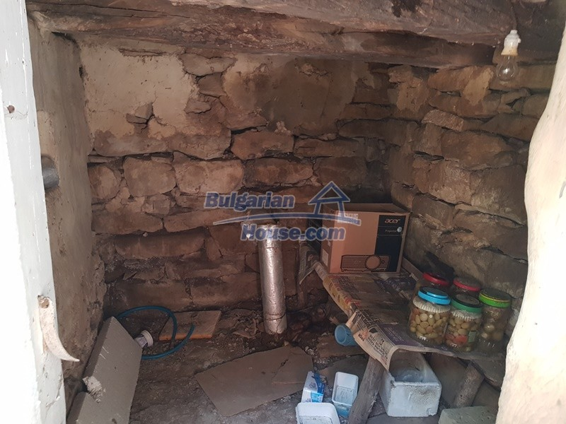 13073:81 - House in good condition  in a peaceful place close to Popovo