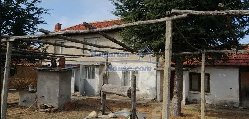 13078:1 - House for sale 50 km from Plovdiv and 20km from Chirpan