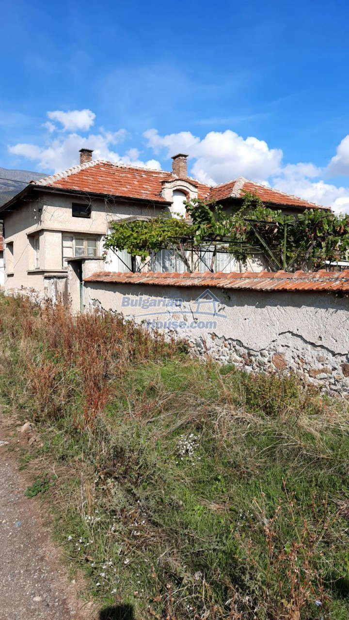 13083:2 - House at the foot of Stara Planina Mountain near Kazanlak