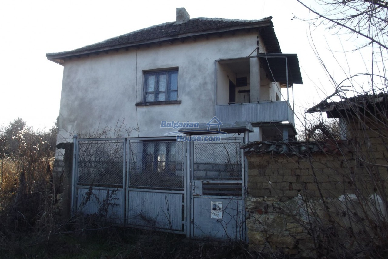 13121:3 - House in good condition 40 km from Vratsa with spacious yard