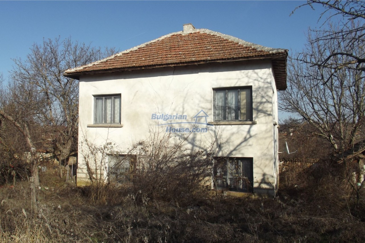 13121:2 - House in good condition 40 km from Vratsa with spacious yard