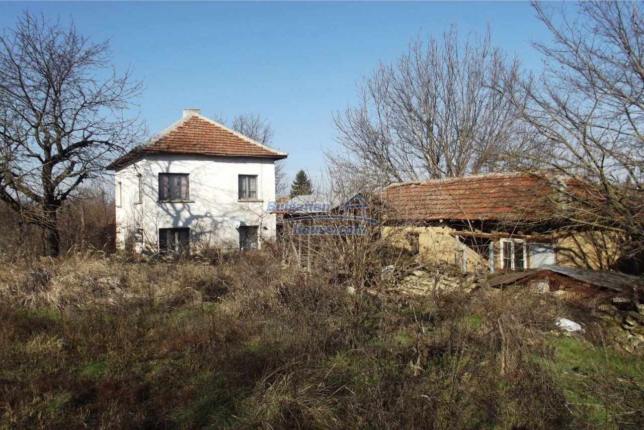 13121:5 - House in good condition 40 km from Vratsa with spacious yard