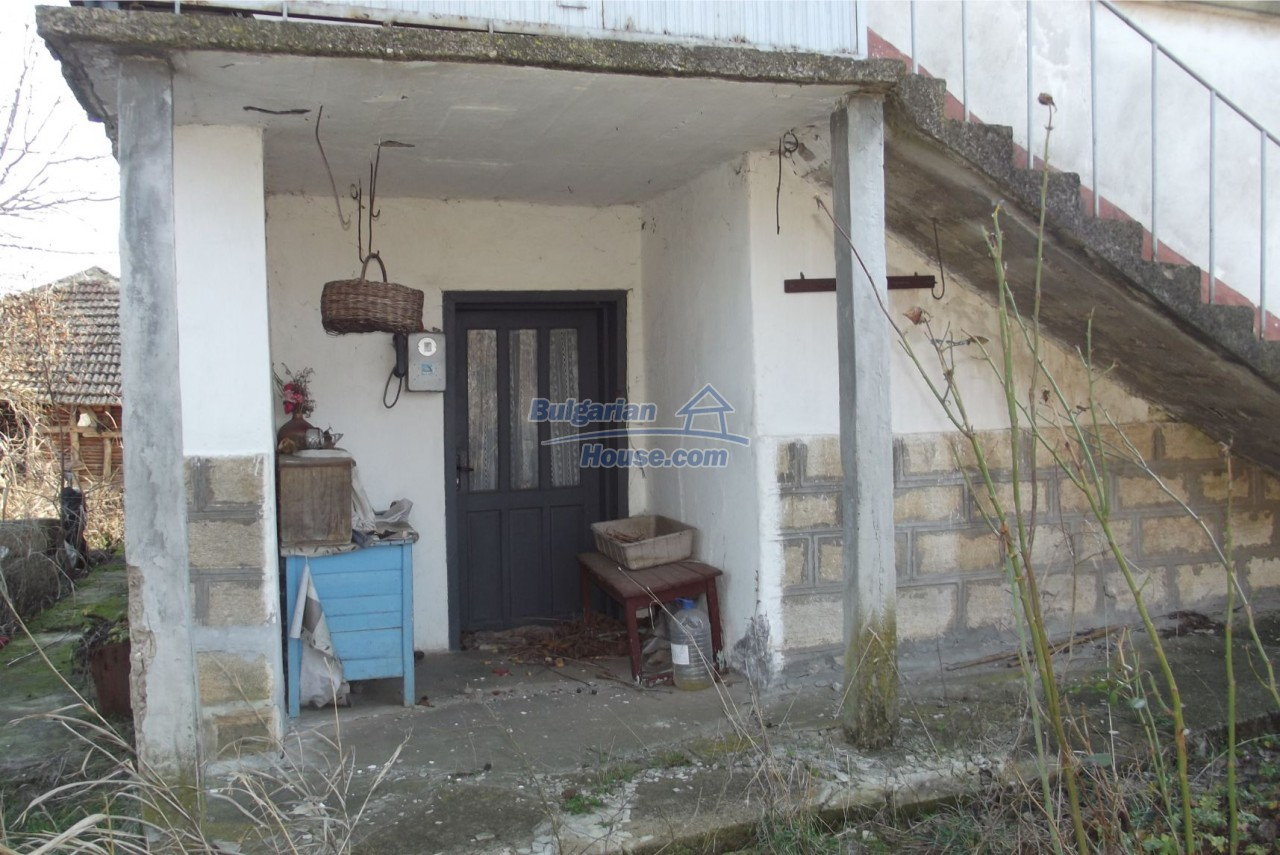 13121:8 - House in good condition 40 km from Vratsa with spacious yard