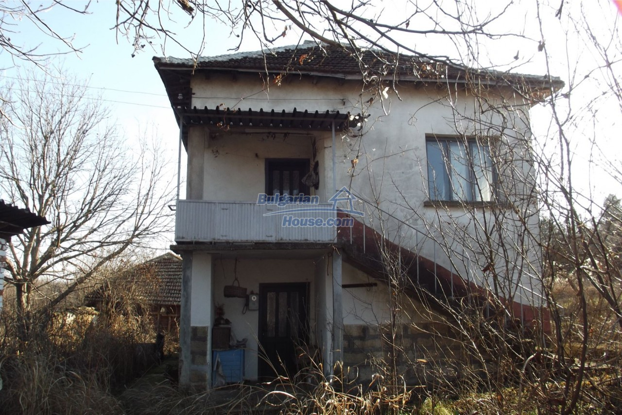 13121:7 - House in good condition 40 km from Vratsa with spacious yard