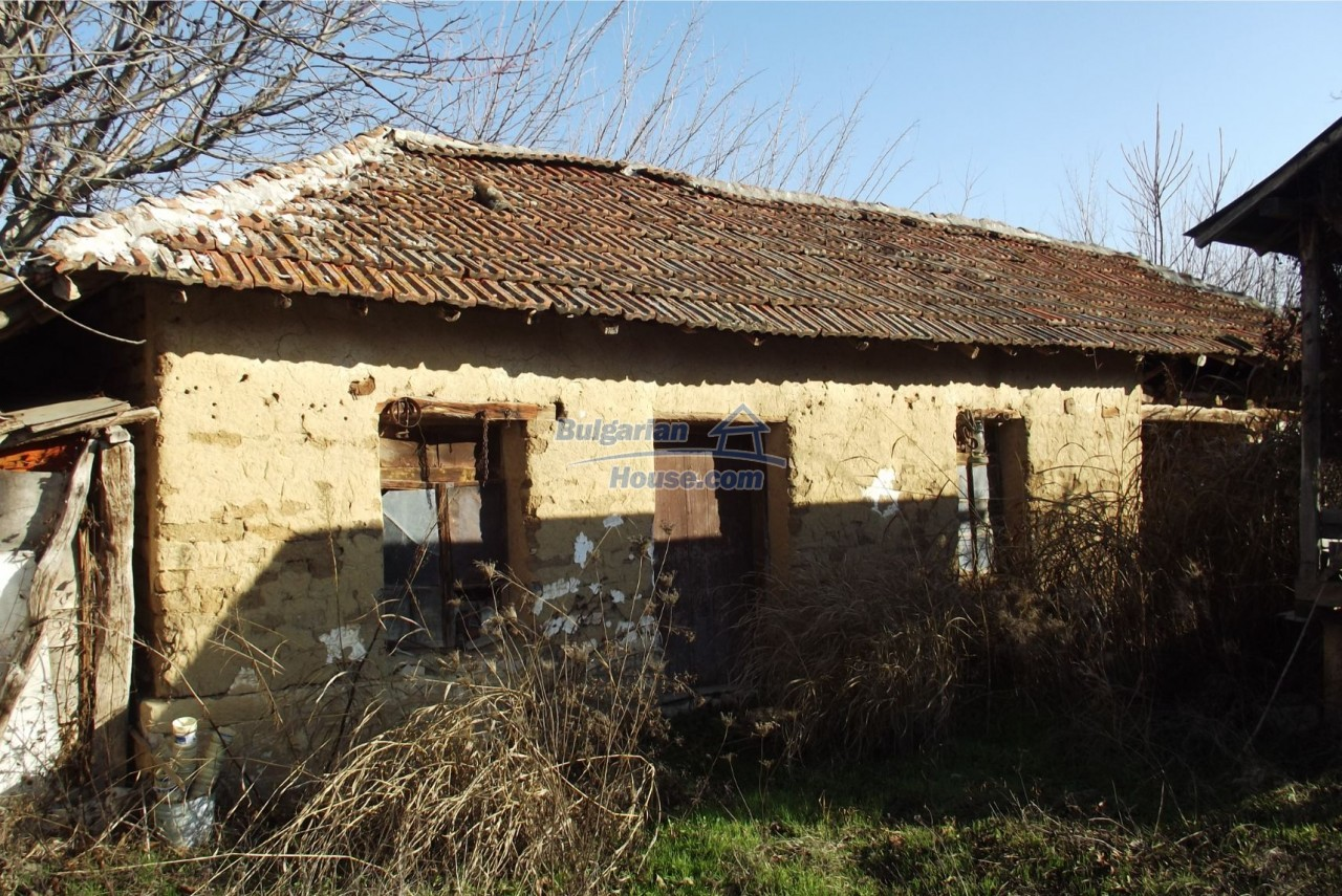 13121:62 - House in good condition 40 km from Vratsa with spacious yard