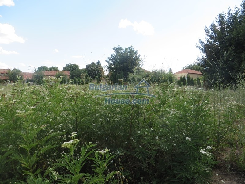 13162:4 - Two houses, barn and a garden of 5000 sq.m near Veliko Tarnovo