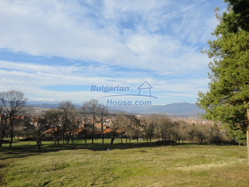 13164:8 - Partly renovated house near Karlovo with lovely mountain views