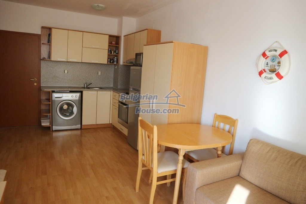 12915:2 - Bright and sunny one bedroom apartment 800 m from the sea