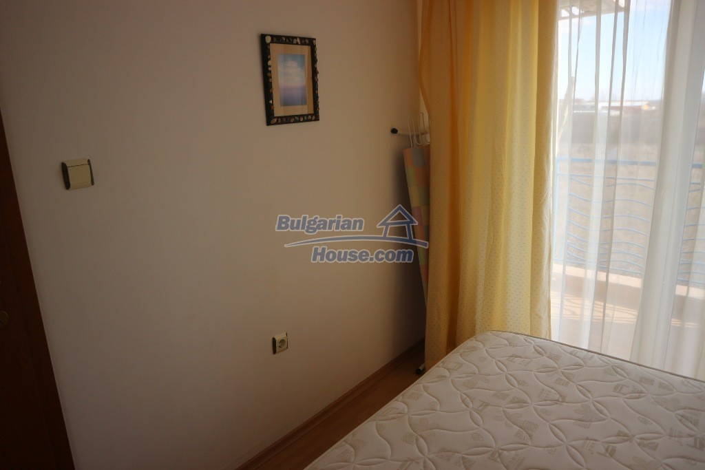 12915:13 - Bright and sunny one bedroom apartment 800 m from the sea