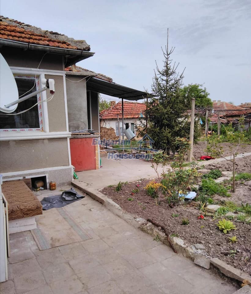 13180:2 - House for sale 34 km from Varna!