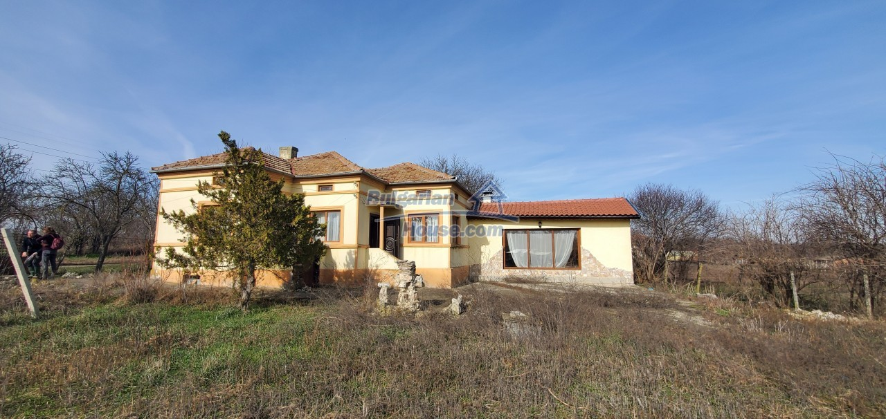 13168:1 - Bulgarian  HOME in  Dobrich region!