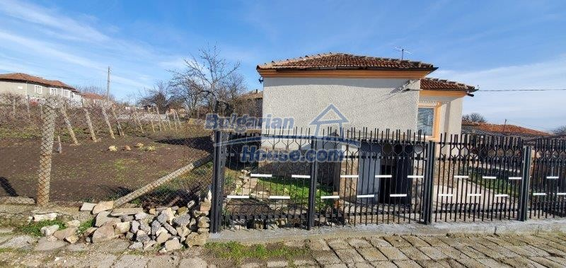 13169:3 - RENOVATED BULGARIAN Property For Sale near Dobrich