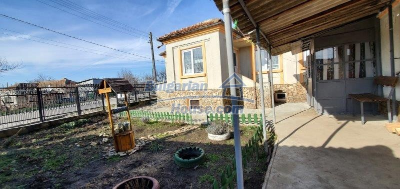 13169:10 - RENOVATED BULGARIAN Property For Sale near Dobrich
