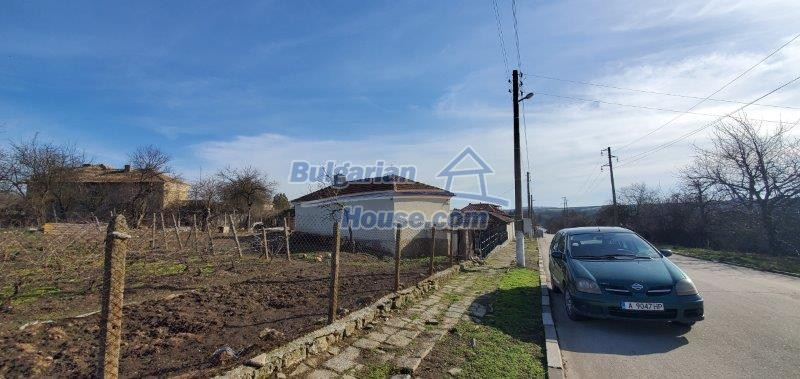 13169:7 - RENOVATED BULGARIAN Property For Sale near Dobrich