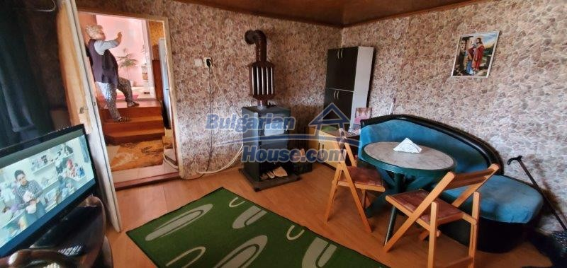 13169:16 - RENOVATED BULGARIAN Property For Sale near Dobrich