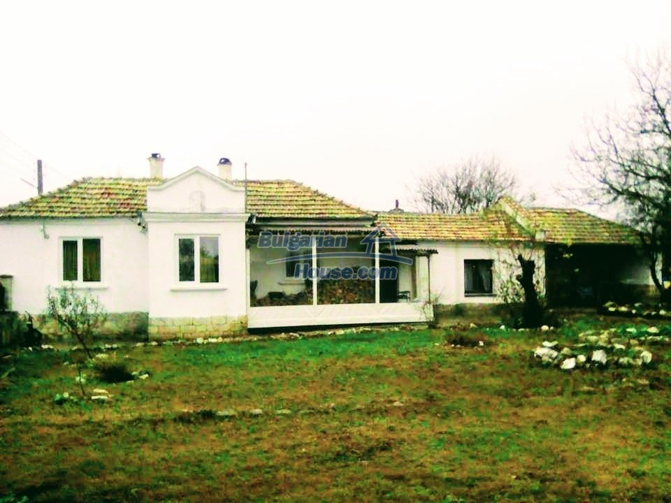 13190:1 - Cheap bulgarian  house  in nice region  !