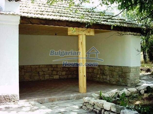 13190:3 - Cheap bulgarian  house  in nice region  !