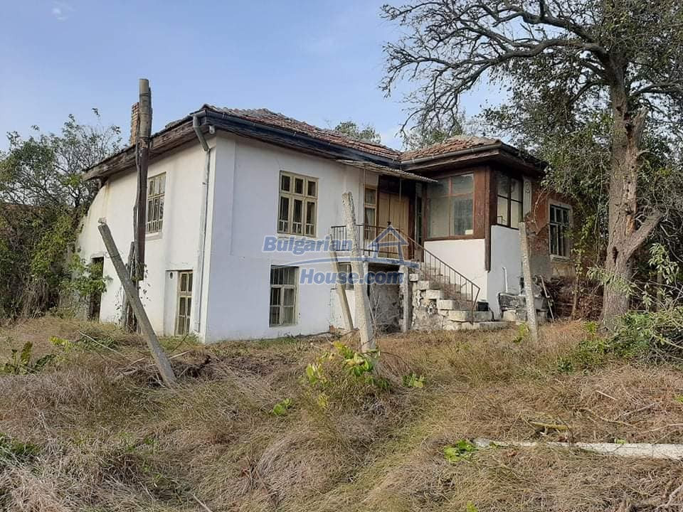13218:2 - Great location! Cheap bulgarian house near Varna