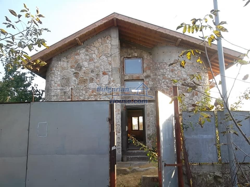 13265:3 - Bulgarian property 2 km from the sea!