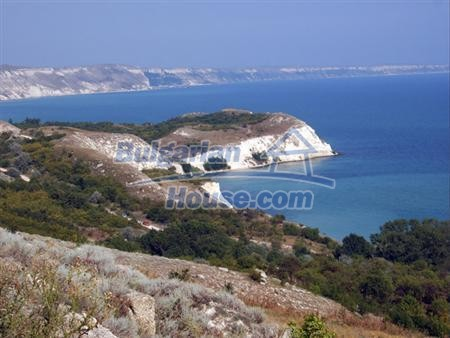 13265:8 - Bulgarian property 2 km from the sea!