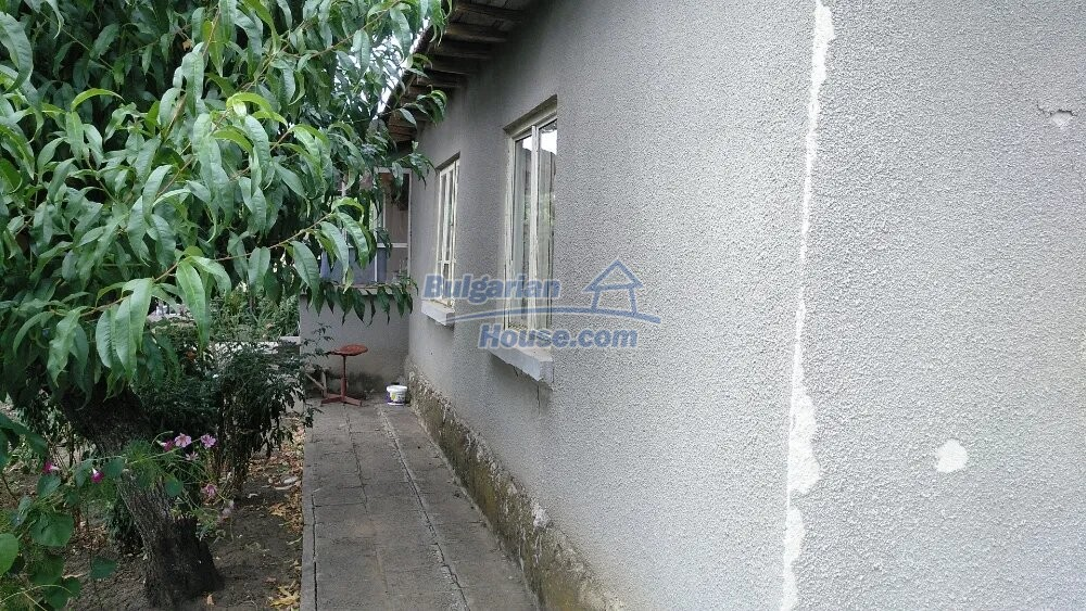 13292:6 - Cheap house for sale near Dobrich!
