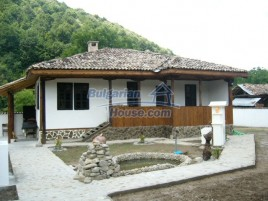Houses for sale near Elena - 10590
