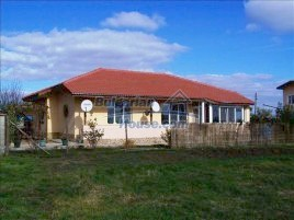 Houses for sale near General Toshevo - 10680